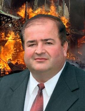Jože Kapler na prizorišču bombnega napada (fiktivno). Fotomontaža: Dossier korupcija