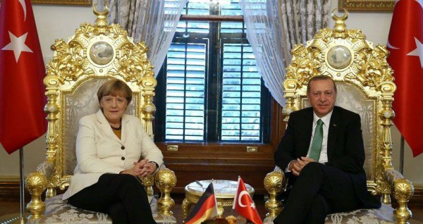 merkel_erdogan_facebook