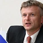 V afero Prijatelj in Jelinčičevo mrežo pogovorov se lovi vse več socialnih demokratov (SD)