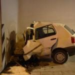 SAMOMOR V PREDORU KASTELEC: 20-letni fant storil samomor z avtomobilom