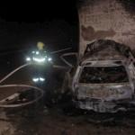 SMRT V PREDORU DEKANI: Avtomobil se je zaletel v odstavno nišo in zgorel. Truplo voznika zgorelo do neprepoznavnosti.