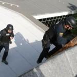Policisti so prenehali stavkati, odslej bodo spet bolj strogi