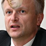Andrej Horvat bo poslej razvijal Belo krajino in Kočevje, Pomurja nič več zaradi suma korupcije. Bo spet podlegel korupciji?