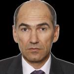 Afera Patria: Avstrijsko tožilstvo naj bi ovadilo Wolfganga Reidla zaradi podkupovanja Janeza Janše