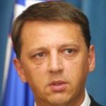 Kateri nekdanji slovenski premier je povezan s prostitucijo?