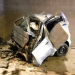 V predoru Trojane se je voznik s Cliom zaletel v odstavno nišo. Umrl je.