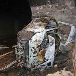 PREDOR KASTELEC: Blažilec trka ni uspel preprečiti tragedije. Voznik se je z vso silo zaletel v odstavno nišo in zgorel.