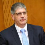 Primer gospoda Boštjana Avseca: Direktor novomeške policije, Janez Ogulin, bo moral podati odgovor na obtožbe.